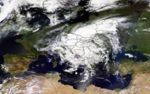 Циклон изнад Балкана (средина маја 2014)